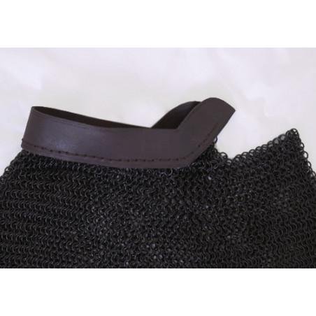 Collier de maille bruni bord en cuir